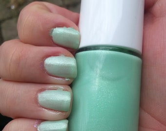BeeFae Nail Polish- Petit Fours and Pretty Drinks