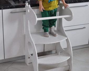 Little helper tower, Giraffe Helper, Toddler Step Stool, Kitchen Helper Tower, Kitchen Helper Stool, Montessori learning stool