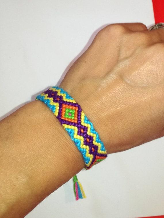 Amitié Tissé Tribal Artisanal Tissu Bracelet THAI mhong Hippie Coloré
