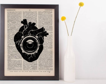 Anatomical Heart Beat Bass Speaker Quote Dictionary Print