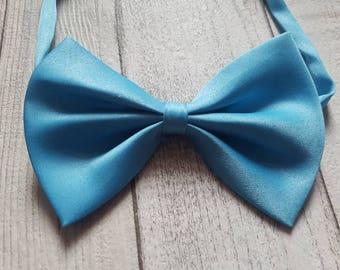 Adjustable bow tie, Blue bow tie, Dog bow tie, bow tie, adjustable pet bow tie, satin bow tie, cat bow tie, collar bow tie, pet bow tie, bow