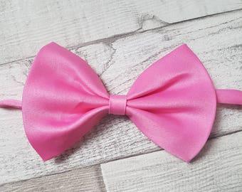 Adjustable bow tie, pink bow tie, Dog bow tie, bow tie, adjustable pet bow tie, satin bow tie, cat bow tie, collar bow tie, pet bow tie,
