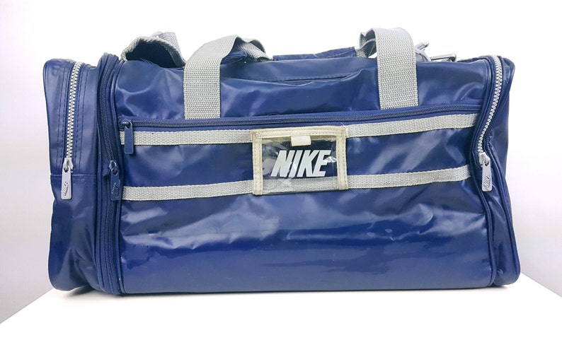 Vintage Nike Gym Bag Old School Duffel Tote Athletic Rare  fe76b405cc493