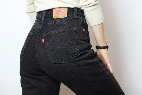 LEVI'S 901 jeans size 26, Black denim hourglass pa