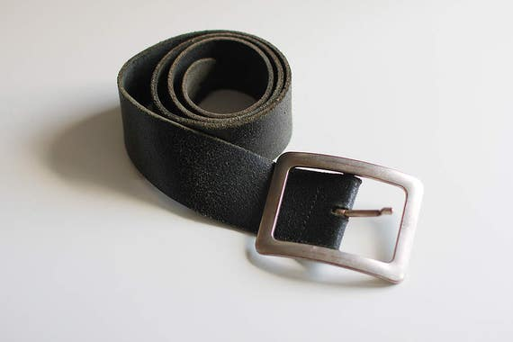 Cuir Vintage ceinture marron véritable Jeans accessoires   Etsy 31a60df0bec