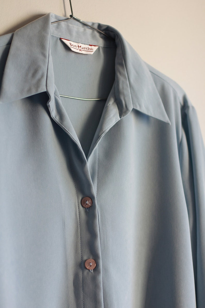Vintage 80s blouse in baby blue color for women *** Retro button down shirt from 1980s with plan look *** Large size