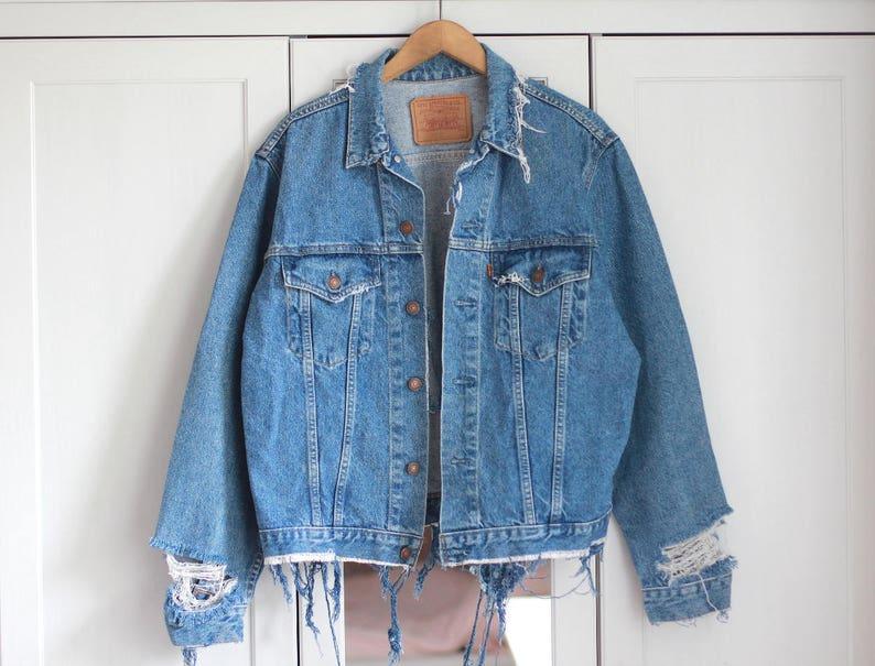 ec305c478df Vintage Denim Jacket Ripped Jeans Levi s Wrangler