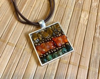 Pendant necklace in natural stones, mini mosaic of fine stones, flush with neck for women