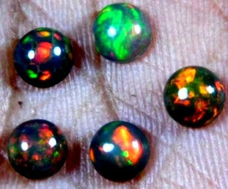 10 Pcs Natural Ethiopian Welo Fire Opal Round Cabochon Loose Gemstone 5x5 mm