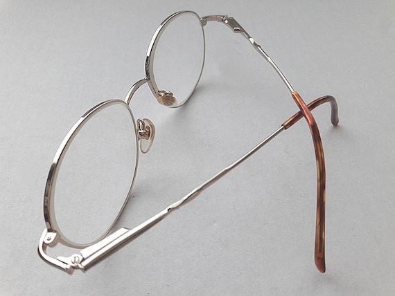 Savvy Prescription Eyeglasses Womens Frame 230 BRN 52-17 135