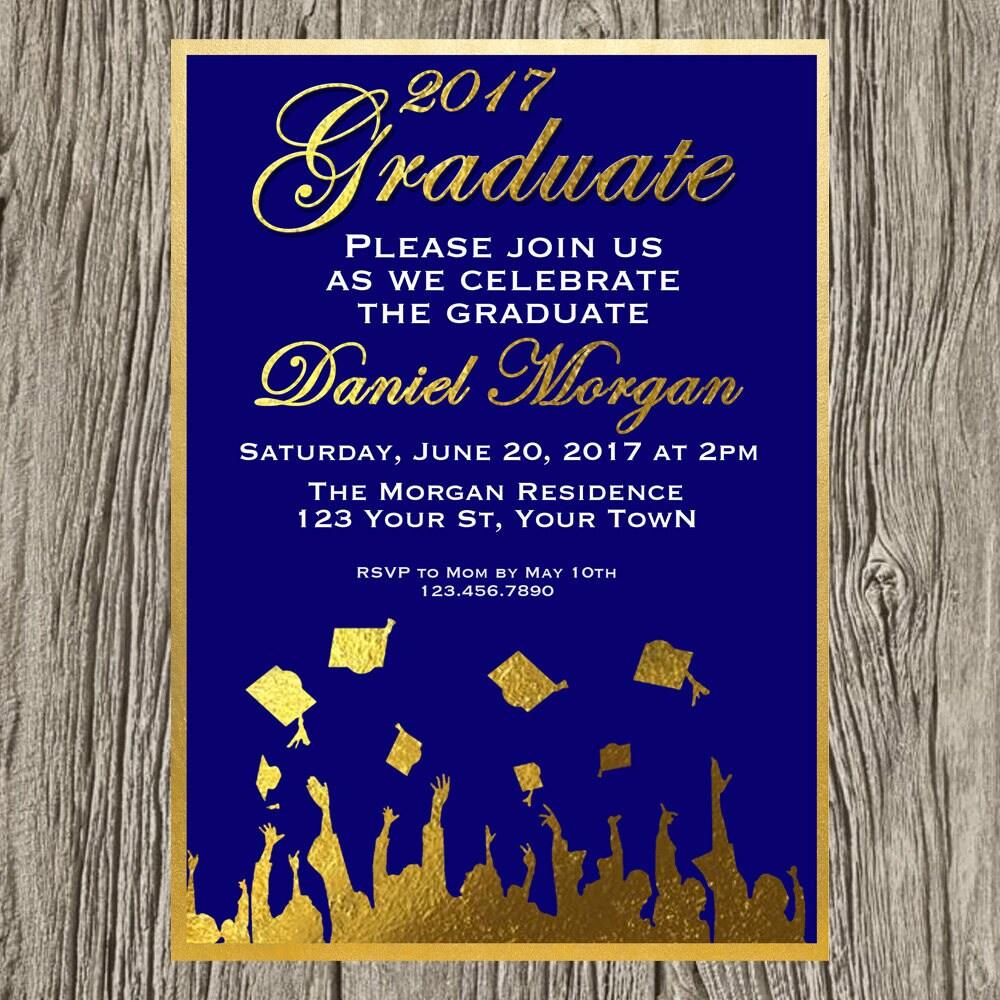 Invitación de graduación del niño graduación azul marino y