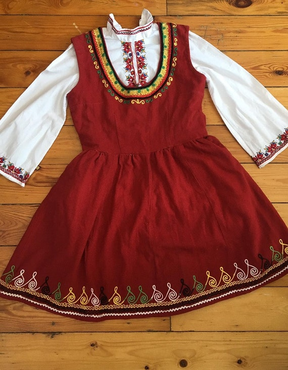 Bulgarian  folk costume for girl's,  Ethnic costum