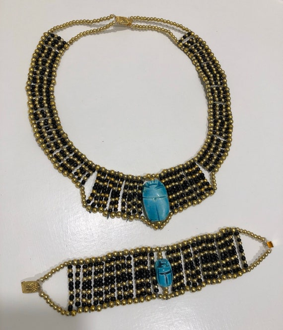 Set Necklace and belt Handmade for Halloween . Egyptian coller beaded