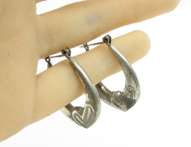 6fa806a20 925 sterling silver vintage puffy check mark detail hoop   Etsy