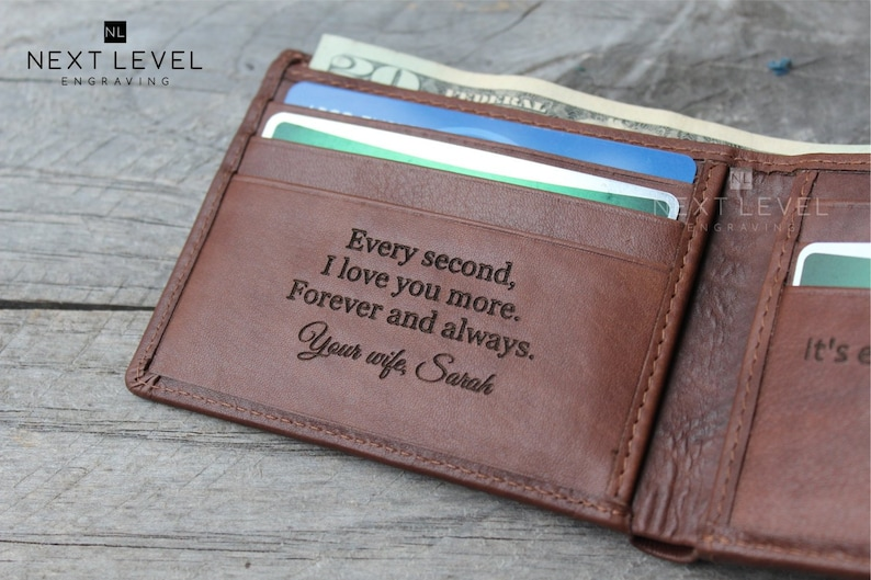 Christmas Coin Wallet Personalized Engraved Zipped Closed Men/'s Leather Bifold