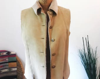 Vintage Designer Genuine Spanish Lamb Shearling 70s Style Vest VAKKO NYC Womens Size Medium Beige Light Tan