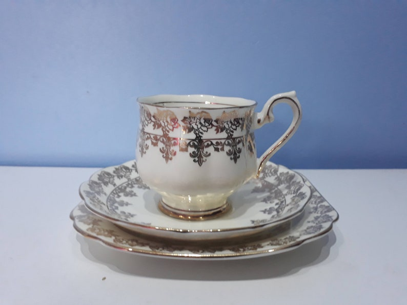 1bb466ff18f Vintage Royal Albert crown china teacup trio in white and