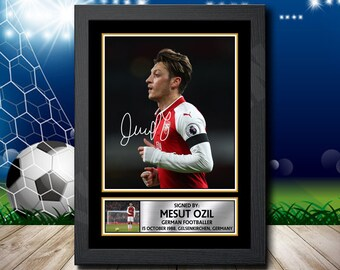 efb014939 Limited Edition Signed Print of MESUT OZIL 3 Football Poster - Framing  Options - Wall Art Print Autographed Signed Fan Gift Present