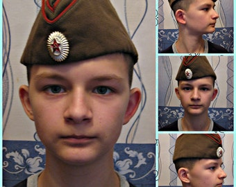 An old soldier's cap, a pilot's cap, the Soviet army