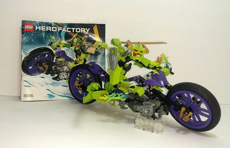 CG6 Lego 6231 Hero Factory Speeda Demon Moto Bike complet de 2012