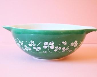 Large Clover Leaf/Shamrock Dark Green JAJ Pyrex Mixing Bowl | Collectible