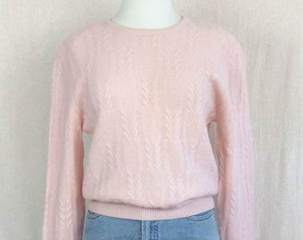 04fe250a3 Pink sweater