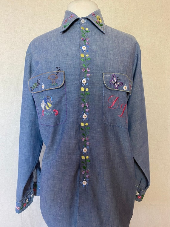 70's Embroidered Work Shirt // vintage chambray me