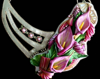 Pink Lady - Handmade Leather necklace with Calla blooms