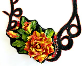 The artist's rose - Handmade Leather necklace with rose