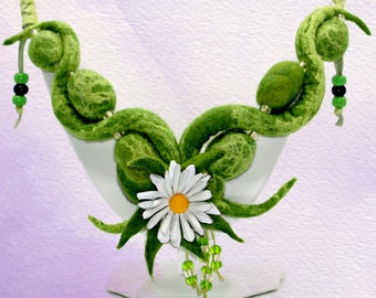 Camilla's Garden-handmade felt necklace