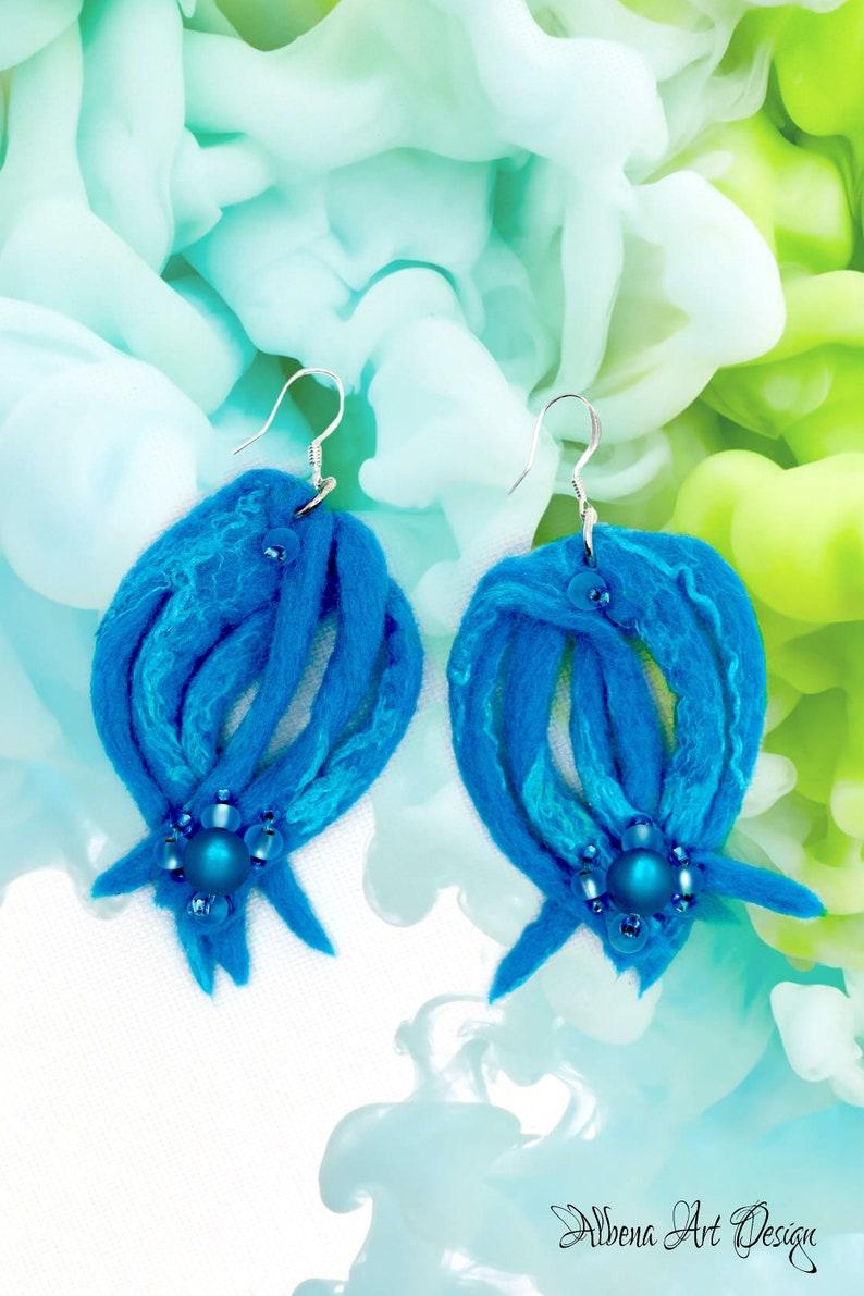 Underwater Paradise-Handmade earrings made of felt image 0