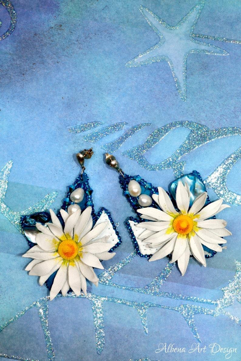Daisy Sky-Albena Art Design image 0