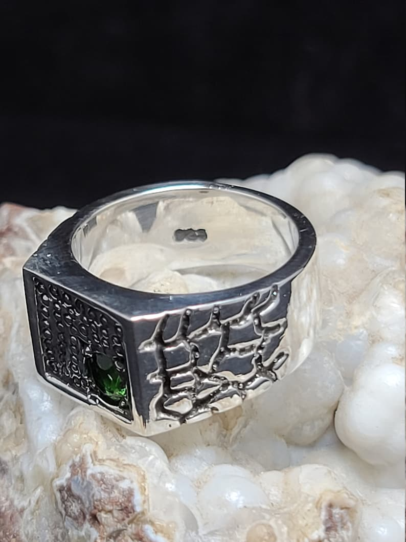 ,new handcrafted, Sterling Silver 925 synthetic emerald size 9.5 men,biker handmade Signet baroque sides hand set new