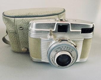 Bilora Bella 46 German Made 127 Roll Film Camera from the 1950's