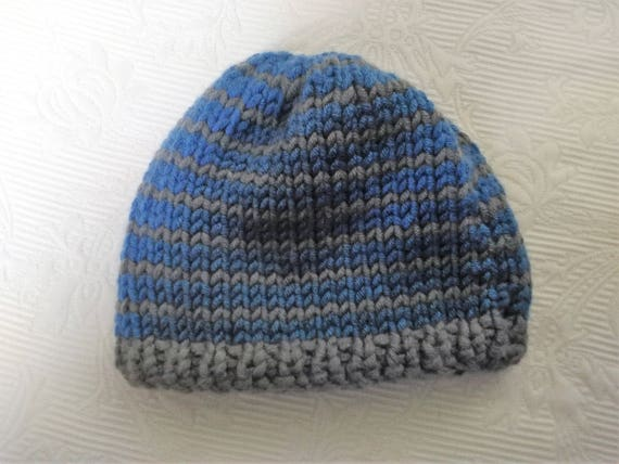 Chunky yarn infant hat texture grey and blue stripes trendy  fe9cb8234c1