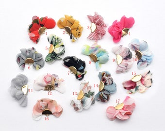 Hobby /& Crafting Fun Real Leather Flowers 25mm 2pcs