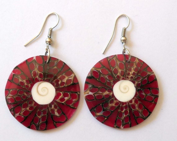 Eye of Saint Lucia mother of pearl shell and Shiva eye drop earrings  handmade red and red shell earrings
