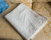 Exceptional sheet vintage linen embroidered Monogram 230 x 310 new