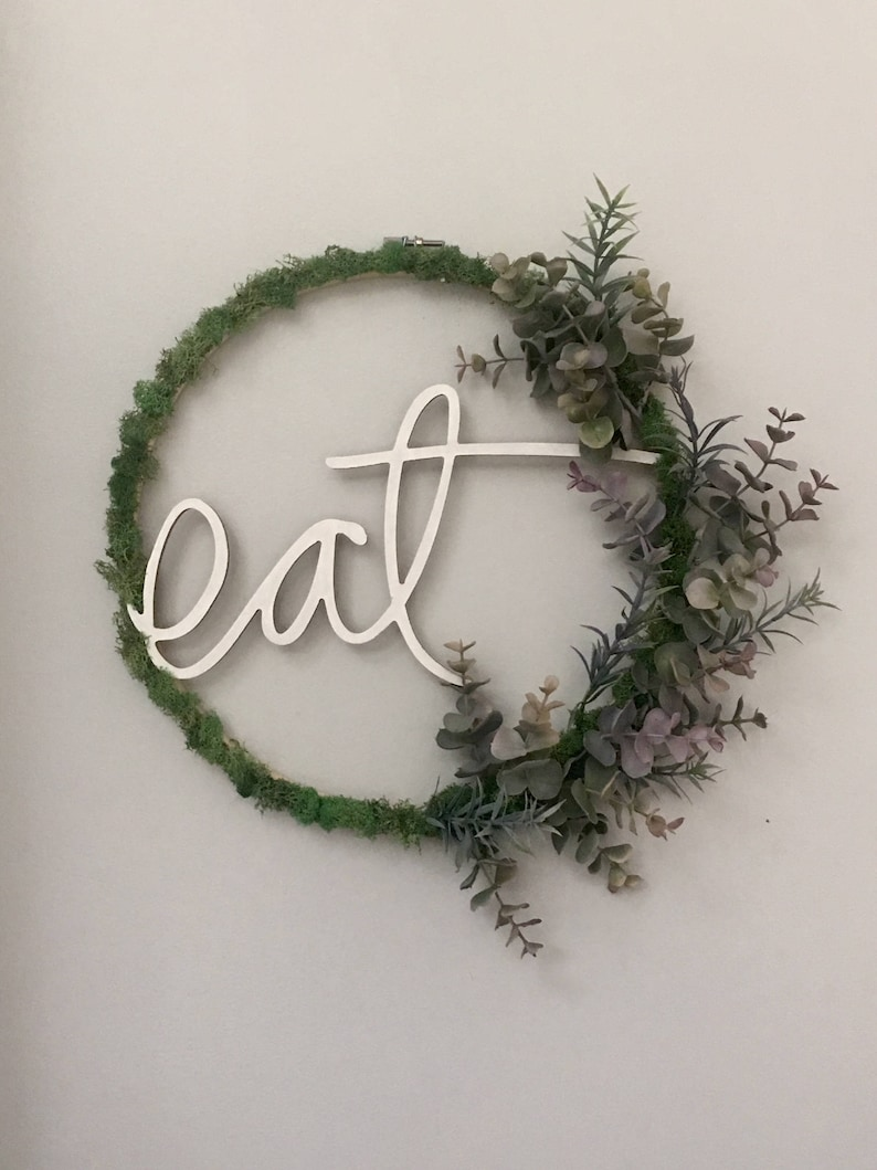 eat hoop wreath  12 image 0