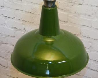 Stunning 1950s Benjamin industrial pendant lamps light enamel antique vintage pendant metal factory old restaurant cafe
