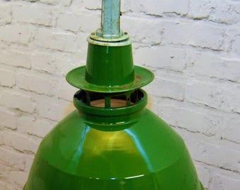 1950s Thorlux industrial pendant lamps light enamel antique vintage pendant metal factory old restaurant cafe