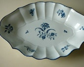 Antique First period Worcester dish