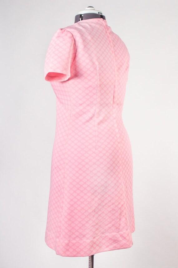 Bubblegum Pink Shift Dress - image 8