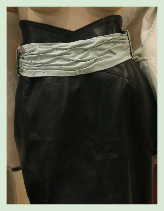 83c141eaa78d des annees 80 large ceinture vintage vert d eau avec   Etsy