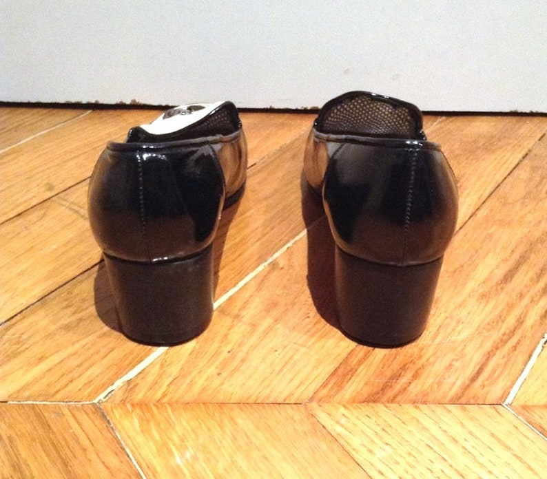 New loafers in black and white patent leather with tasselsvintage from the years 70SHALAKOmade in Italysize 35 US 4 UK 2