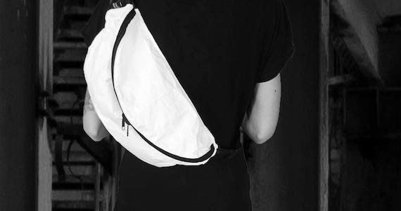Crossover Bag Belt Bag XL TYVEK® #122-4