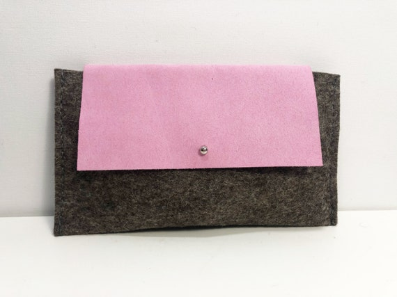 Small clutch gray 100% wool felt with pink leather flap -04