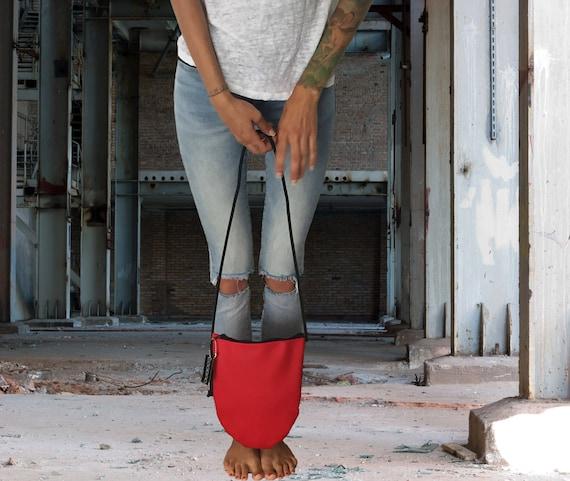 EGGBAG Handbag made of artificial leather red black brown Crossover bag with zipper ∣BAG#91