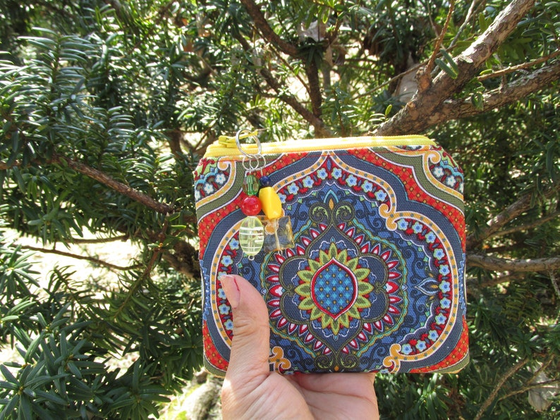 Coin Purse Small Flat Red Middle Eastern Style Zipper Pouch