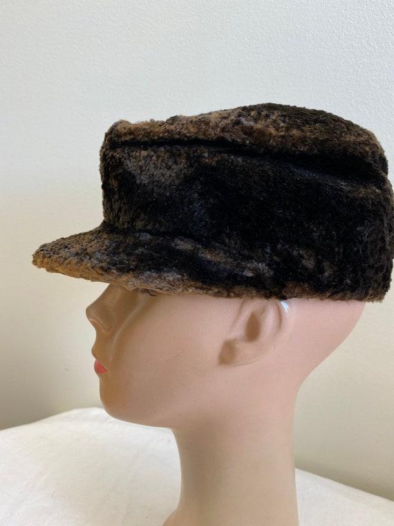 Brown Men's 1900's Seal Skin Newsboy Hat